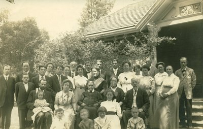 Ellen G. White with family, helpers, and guests, Elmshaven, St. Helena, California, August 24, 1913
